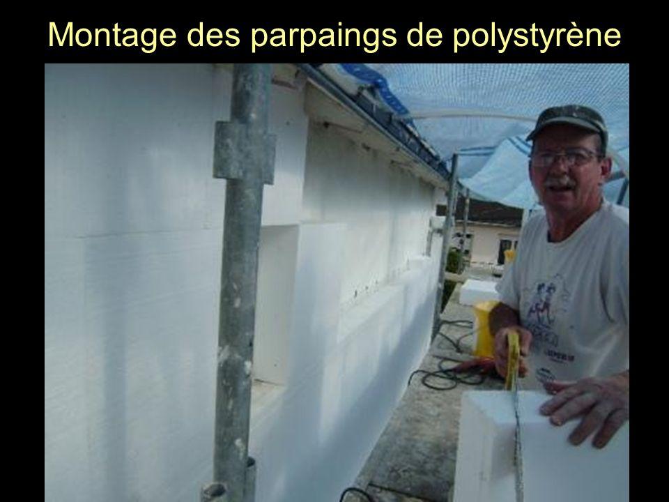 Montage des parpaings de polystyrène