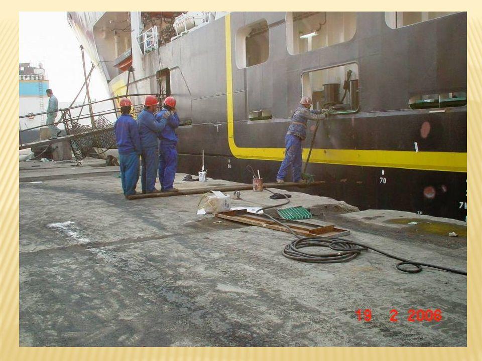 11ème place Les mécaniciens de chantier naval