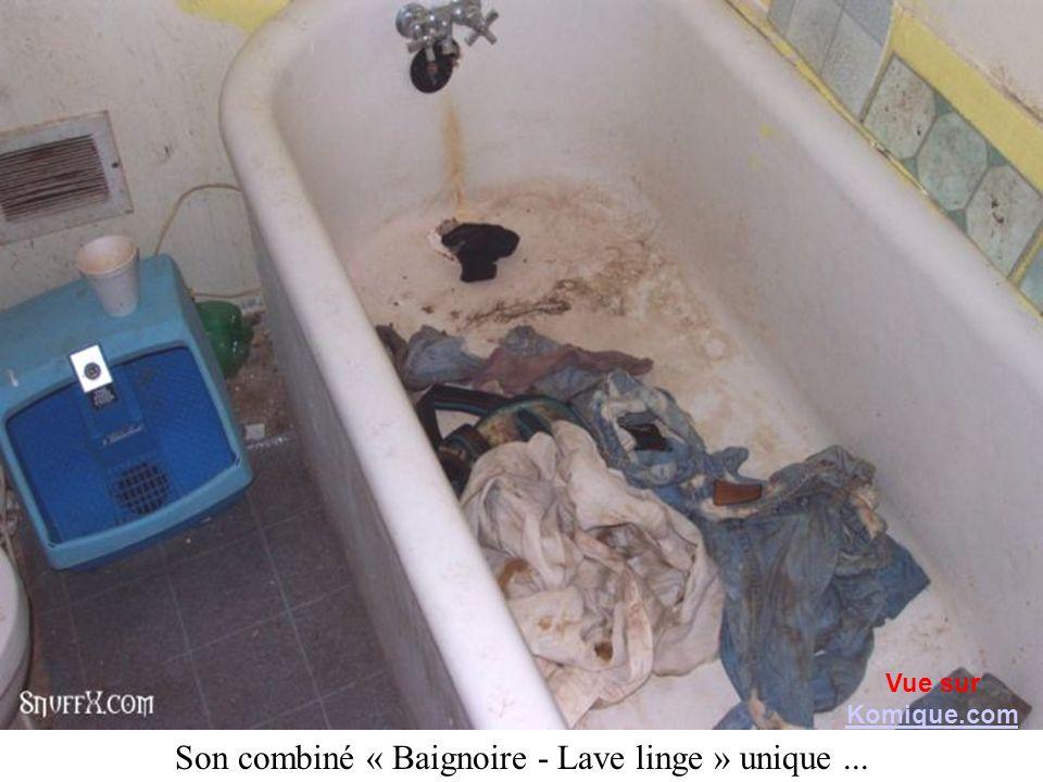 Son combiné « Baignoire - Lave linge » unique... Vue sur Komique.com Komique.com
