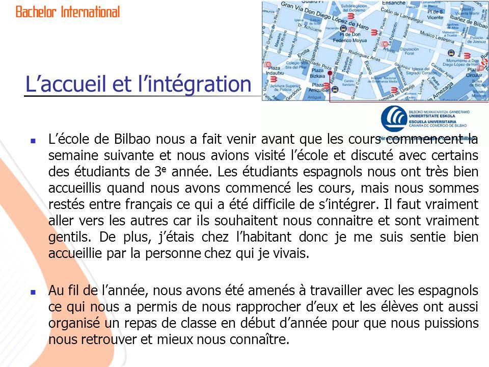 Laccueil et lintégration Lécole de Bilbao nous a fait venir avant que les cours commencent la semaine suivante et nous avions visité lécole et discuté avec certains des étudiants de 3 e année.