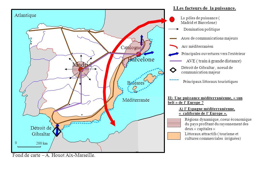 0 200 km Détroit de Gibraltar Baléares Barcelone Madrid Catalogne Méditerranée Atlantique Principaux littoraux touristiques Littoraux attractifs ( tourisme et cultures commerciales irriguées) A) l Espagne méditerranéenne, « californie de l Europe ».