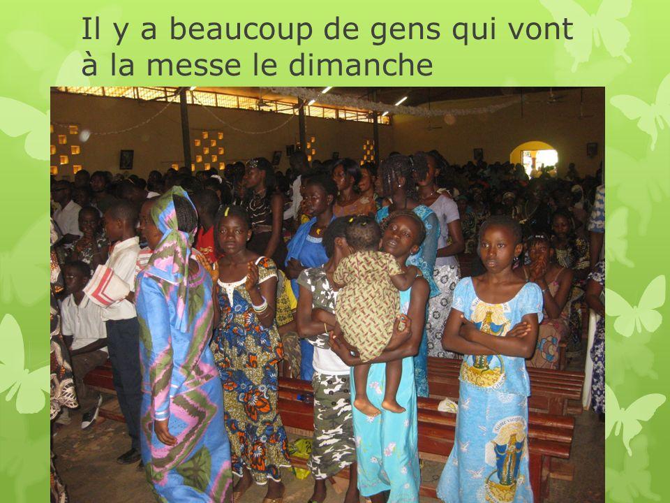 Le système scolaire Le DanemarkLa Guinée Børnehave (3-6 ans)Classe maternelle (4-7 ans) 0.klasse 1.