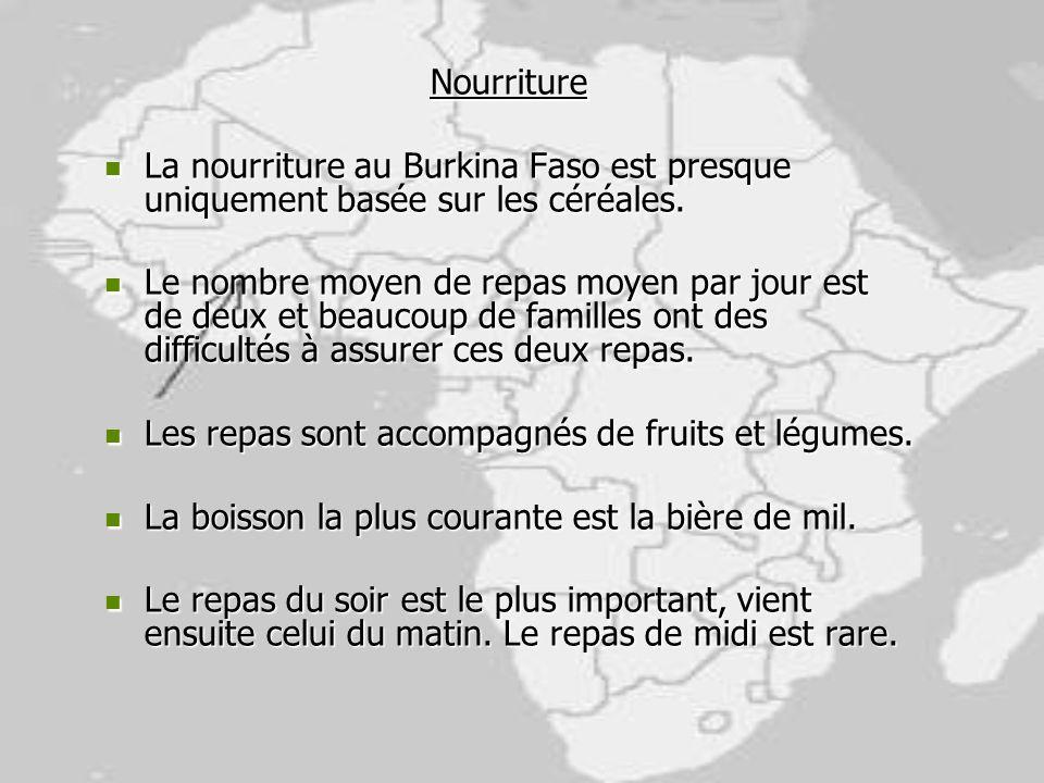 Nourriture La nourriture au Burkina Faso est presque uniquement basée sur les céréales. La nourriture au Burkina Faso est presque uniquement basée sur
