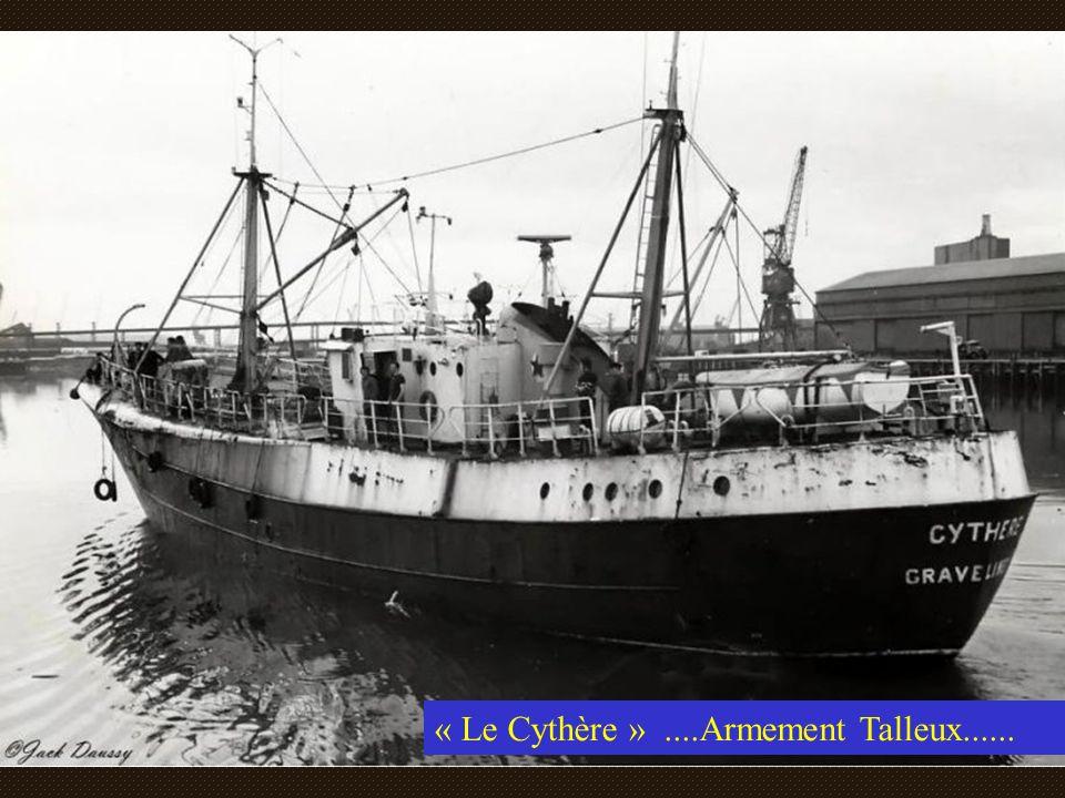 « LEros »Armement Talleux sortant du port de Gravelines après les réparations annuelles.... Peinture, réfection du moteur, réparation divers....et net