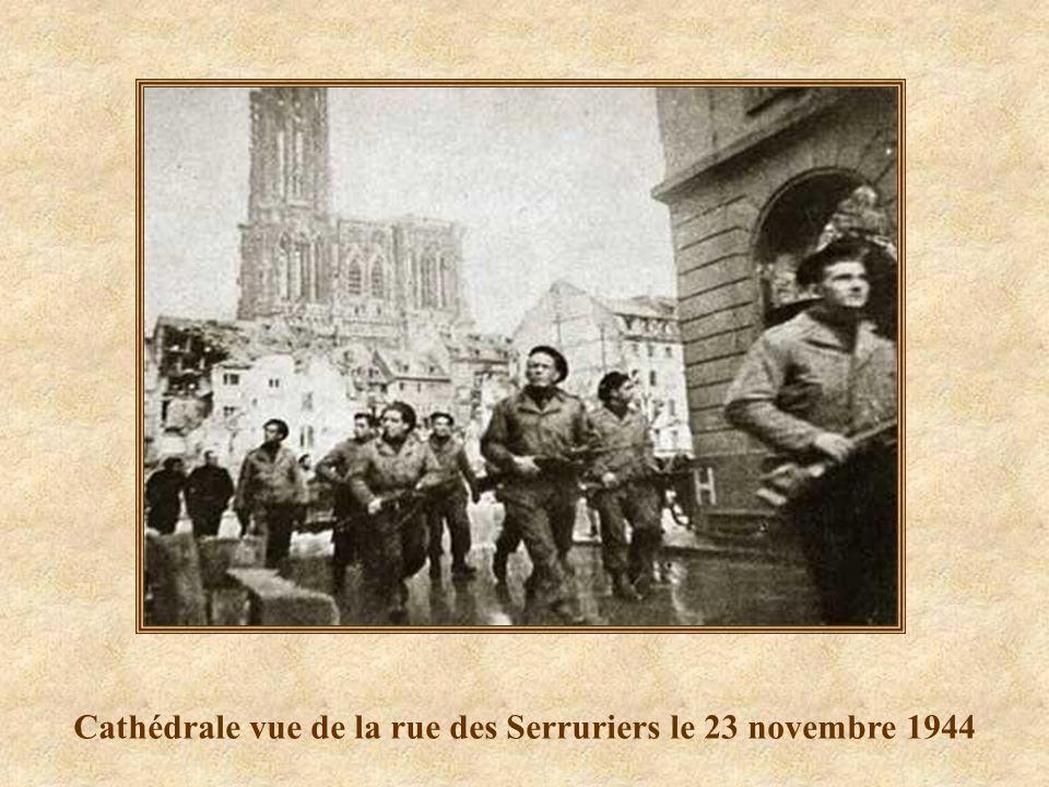 Cathédrale vue de la Place du Marché aux Cochons de Lait 2008