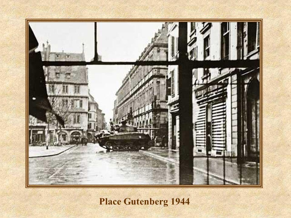 Place Gutenberg et rue des Grandes Arcades 2008