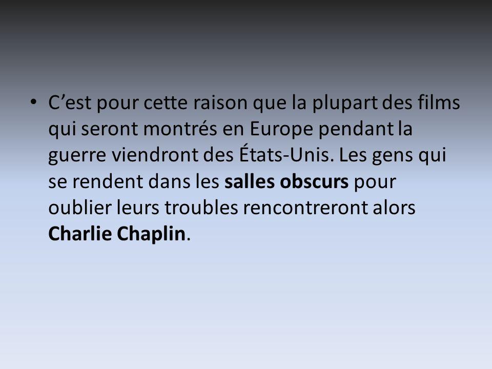 Charlie Chaplin, qui venait de se divorcer, et donc avait peur que sa carrière serait en trouble, réalise lopinion publique, premier film quil écrit et produit, sans y paraître, sauf pour un bref caméo.