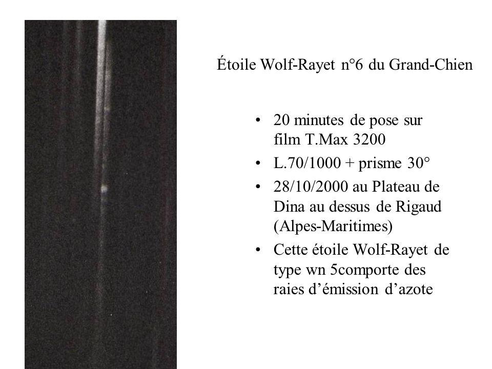 Étoile Wolf-Rayet n°6 du Grand-Chien 20 minutes de pose sur film T.Max 3200 L.70/1000 + prisme 30° 28/10/2000 au Plateau de Dina au dessus de Rigaud (