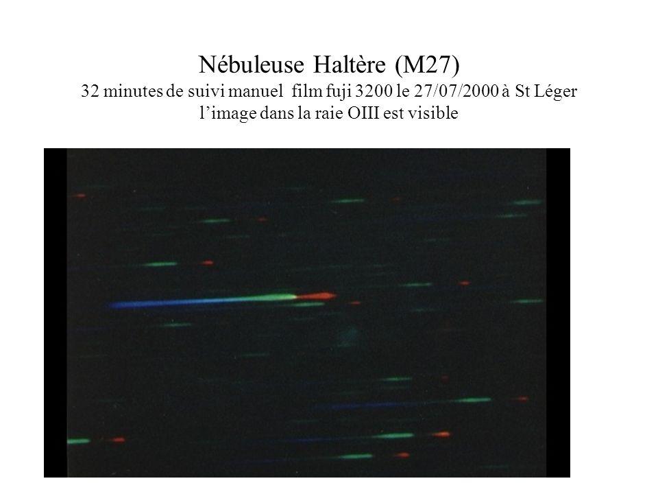 Nébuleuse Haltère (M27) 32 minutes de suivi manuel film fuji 3200 le 27/07/2000 à St Léger limage dans la raie OIII est visible