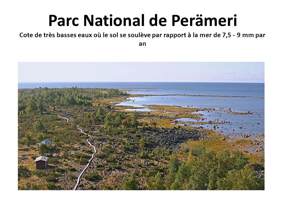 Parc National de Perämeri Cote de très basses eaux où le sol se soulève par rapport à la mer de 7,5 - 9 mm par an