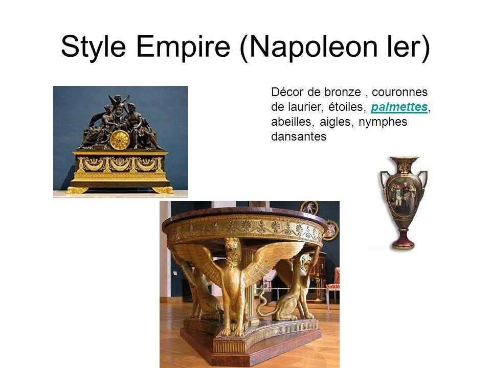 Style Empire (Napoleon Ier) Décor de bronze, couronnes de laurier, étoiles, palmettes, abeilles, aigles, nymphes dansantespalmettes