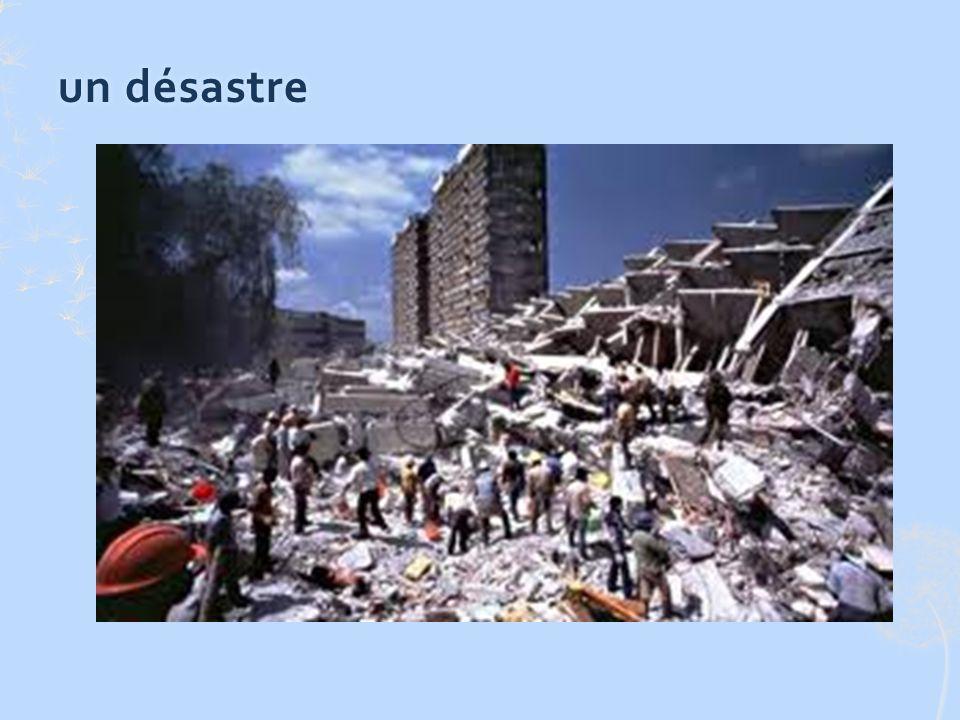 un tremblement de terreun tremblement de terre Un tremblement de terre a secoué la ville.