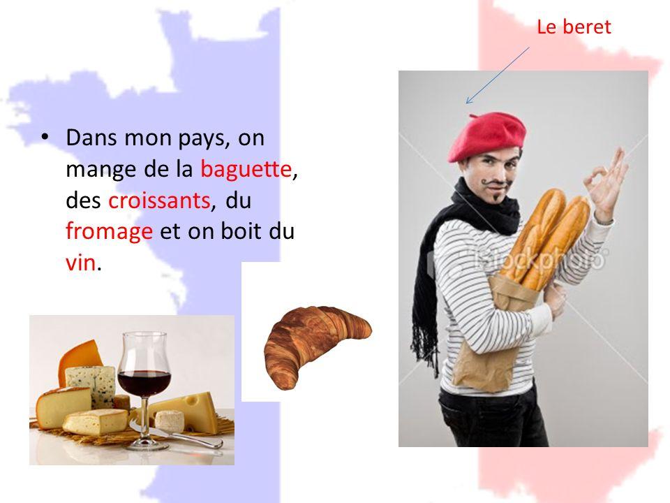 On danse le French Cancan et on chante la marseillaise.