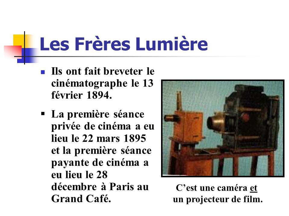 Les Frères Lumière Ils ont fait breveter le cinématographe le 13 février 1894. La première séance privée de cinéma a eu lieu le 22 mars 1895 et la pre
