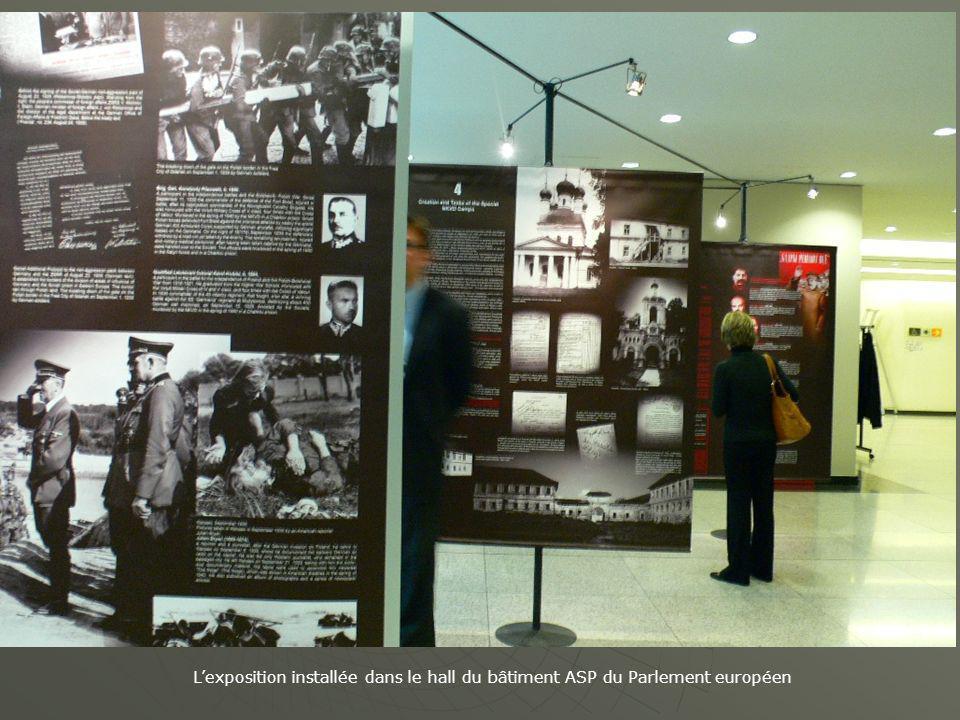 Cérémonie douverture de lexposition sur le massacre de Katy ń en Russie en 1940 par le Président du PE, Prof.