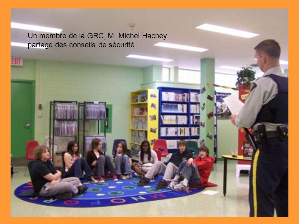 Un membre de la GRC, M. Michel Hachey partage des conseils de sécurité…