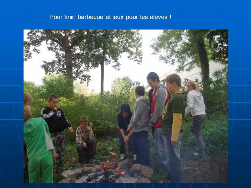 Pour finir, barbecue et jeux pour les élèves !