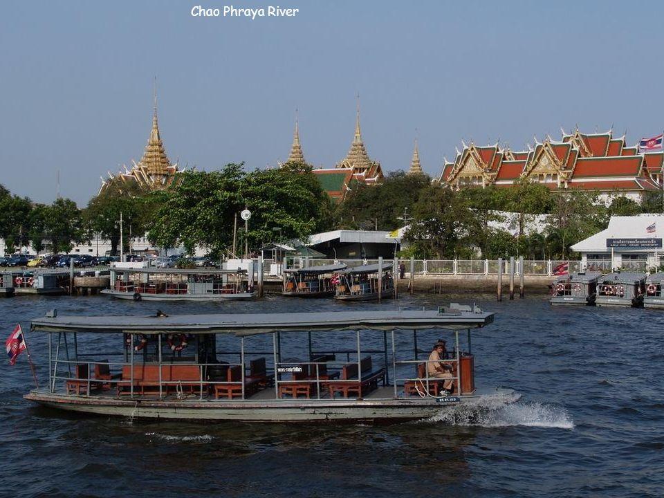Skytrain - Bangkok