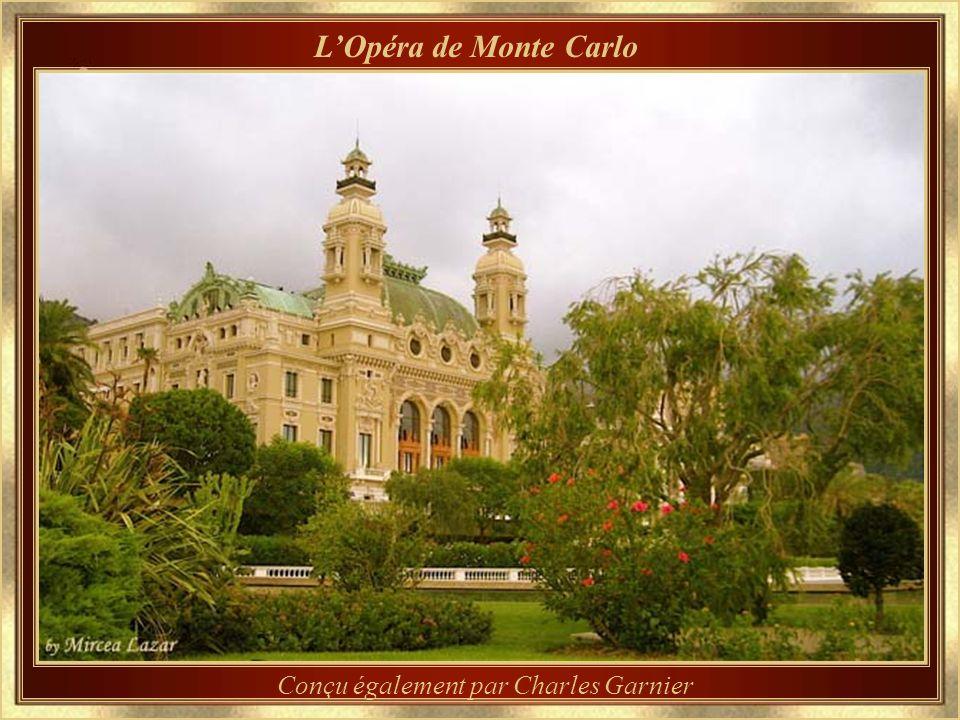 Le Casino de Monte Carlo Sous la magie de léclairage