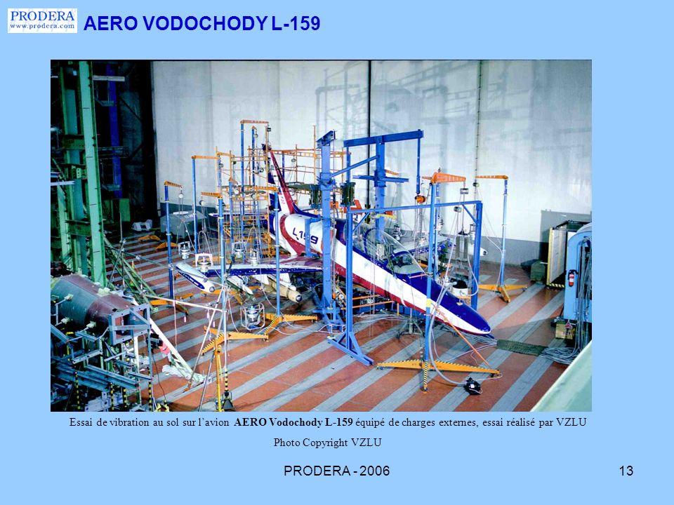 PRODERA - 200613 AERO VODOCHODY L-159 Essai de vibration au sol sur lavion AERO Vodochody L-159 équipé de charges externes, essai réalisé par VZLU Pho