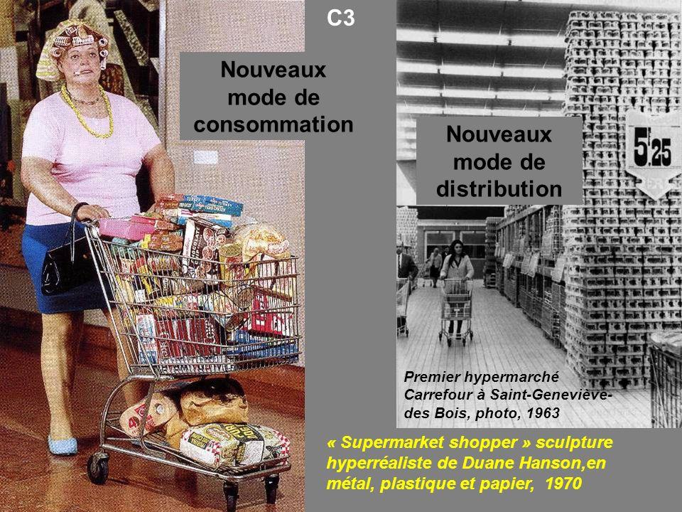 « Supermarket shopper » sculpture hyperréaliste de Duane Hanson,en métal, plastique et papier, 1970 Premier hypermarché Carrefour à Saint-Geneviève- d