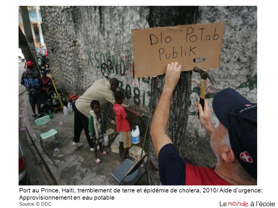 Port au Prince, Haiti, tremblement de terre et épidémie de cholera, 2010/ Aide durgence: Approvisionnement en eau potable Source: © DDC