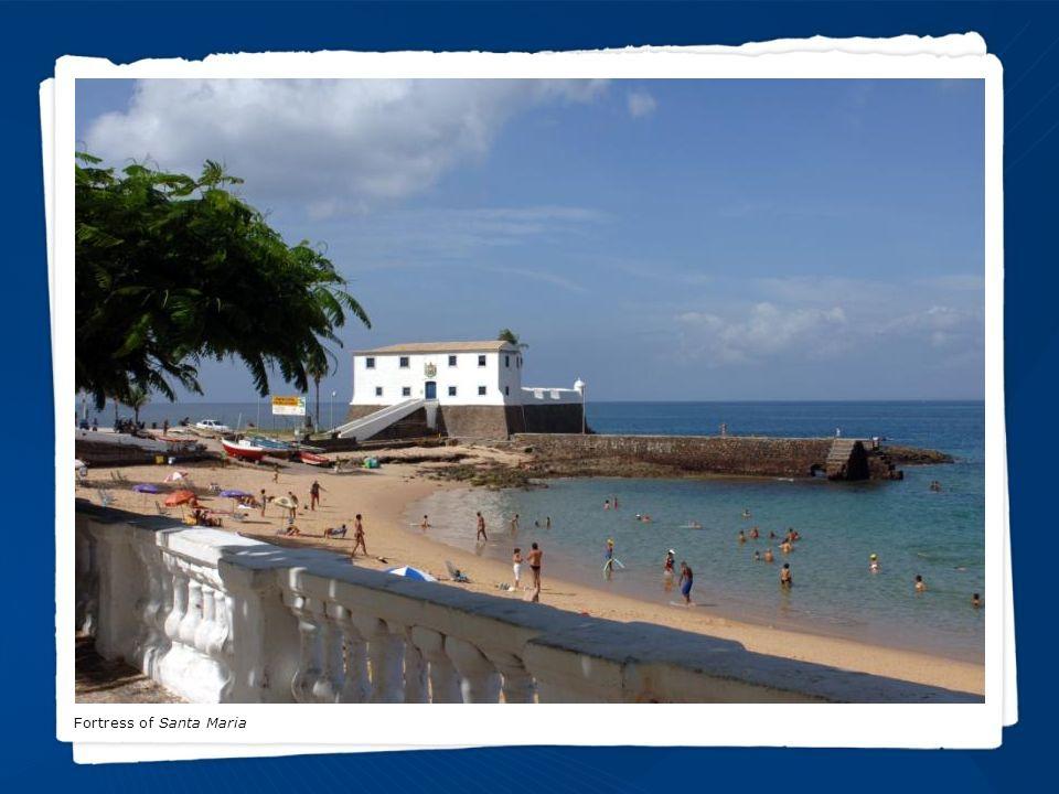 CACHOEIRA Ville de Cachoeira : un lieu plein d histoire et beautés naturelles.