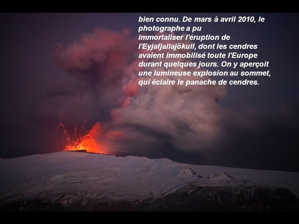 Cette plage sublime se situe à Budir, au sein du parc naturel de Búðahraun, un immense champ de lave. Les roches volcaniques sculptées par les vagues