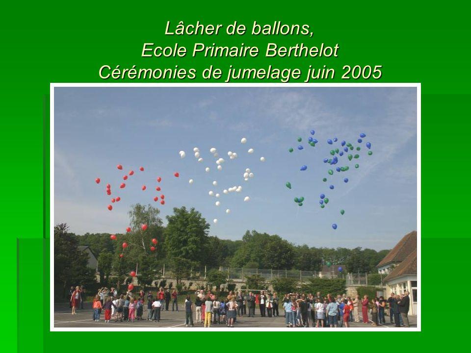 Lâcher de ballons, Ecole Primaire Berthelot Cérémonies de jumelage juin 2005