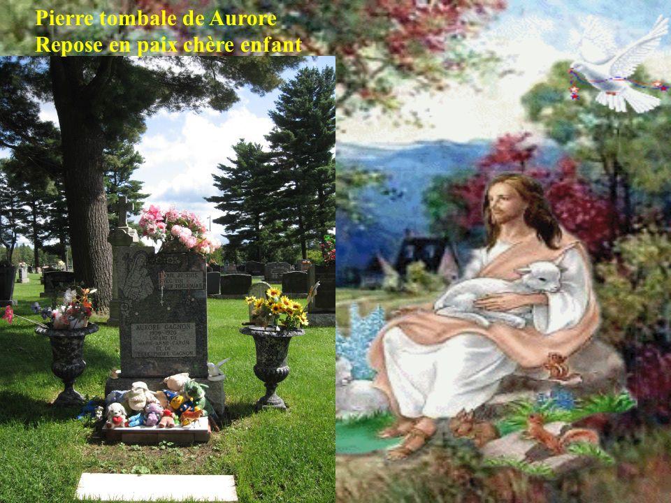 Thérèse et Vivi, au vieux dépanneur de St-Françoise Ont cest acheté des cochonneriiiiiiiiiess