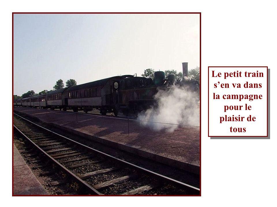 Le chauffeur alimente le foyer avec du charbon Le mécanicien conduit le train Curieux non? Le chauffeur alimente le foyer avec du charbon Le mécanicie