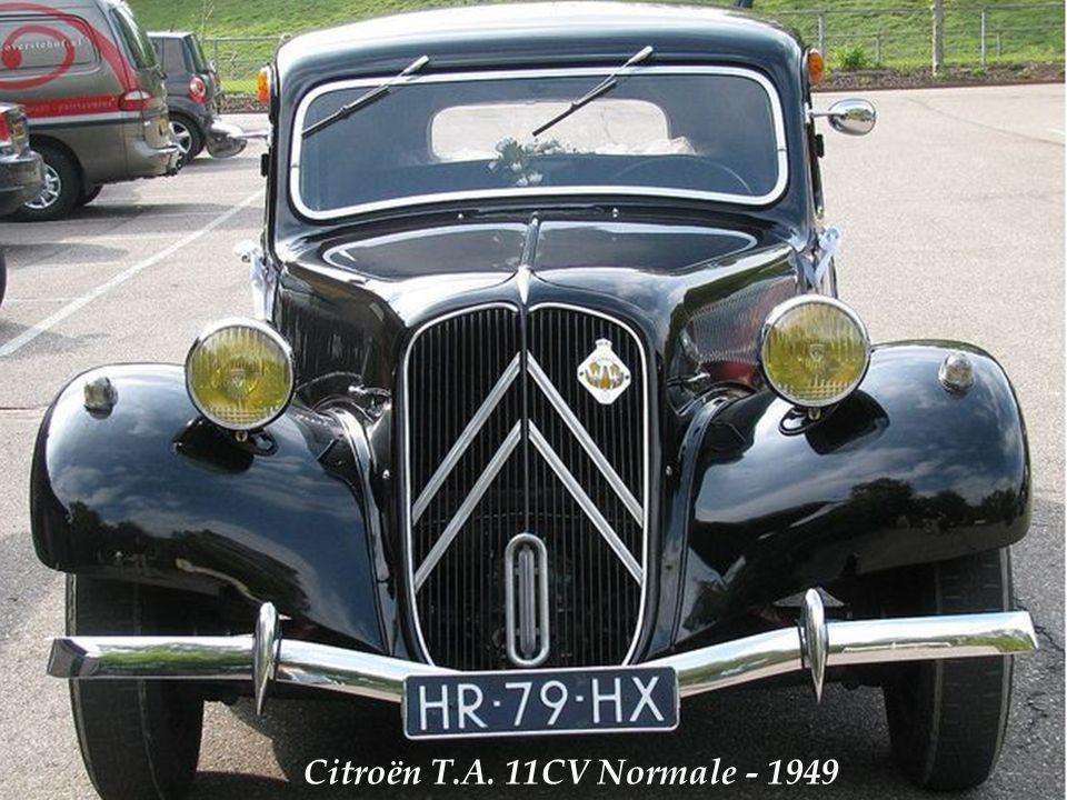 Citroën 11 cv berline légère avec plaque dimmatriculation corrézienne davant 1950.