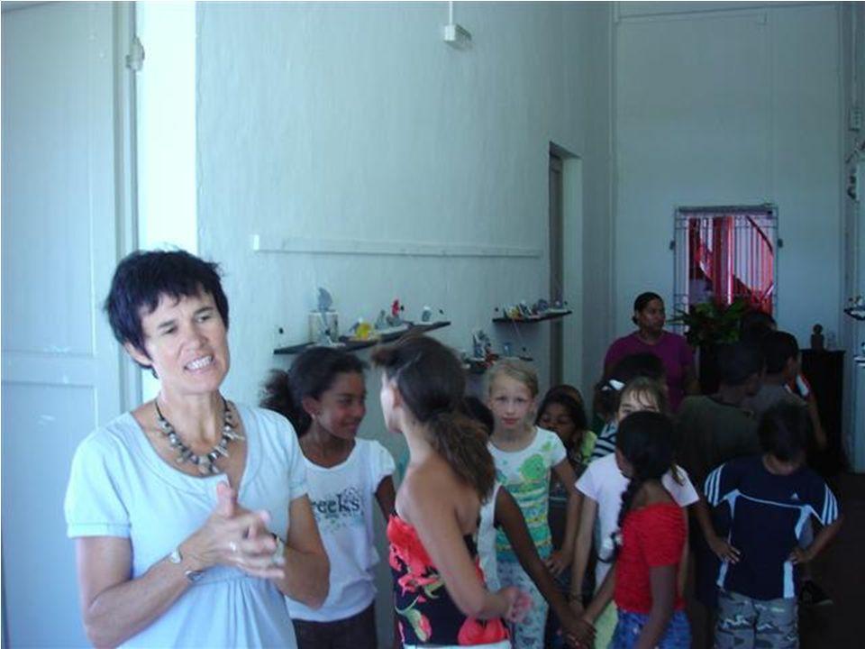 Prochaine rencontre, en 2009 à lécole MOKA Projet : « Un autre regard » Réseaux de Réussite Scolaire de Ste Marie Patrick ARNOULD, coordonnateur RRS 10/12/2008