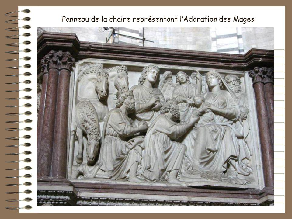 Chaire sculptée par Nicola Pisano. Il était si fier de son œuvre quil grava sous les panneaux « En lan 1260, Nicola Pisano sculpta cette œuvre excepti