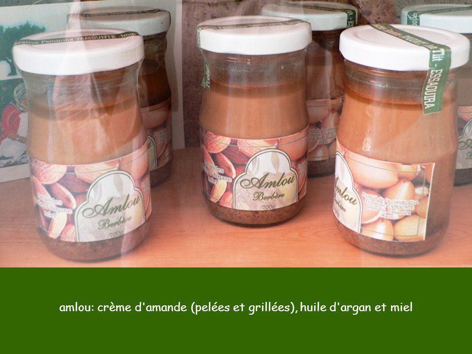 amlou: crème d'amande (pelées et grillées), huile d'argan et miel