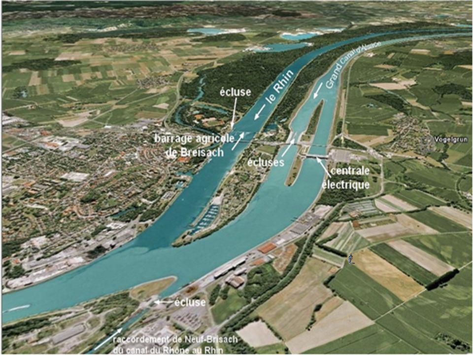 D'un point de vue commercial, le Rhin représente la voie navigable intérieure la plus importante du monde