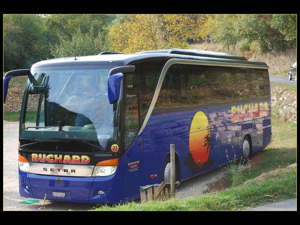 Les voyages BUCHARD au PERIGORD Automne 2008 Quercy et Périgord du 29 septembre au 04 octobre 2008 Nouvelle version de 2013 Défilement automatique Diaporama général ou petit survol du voyage