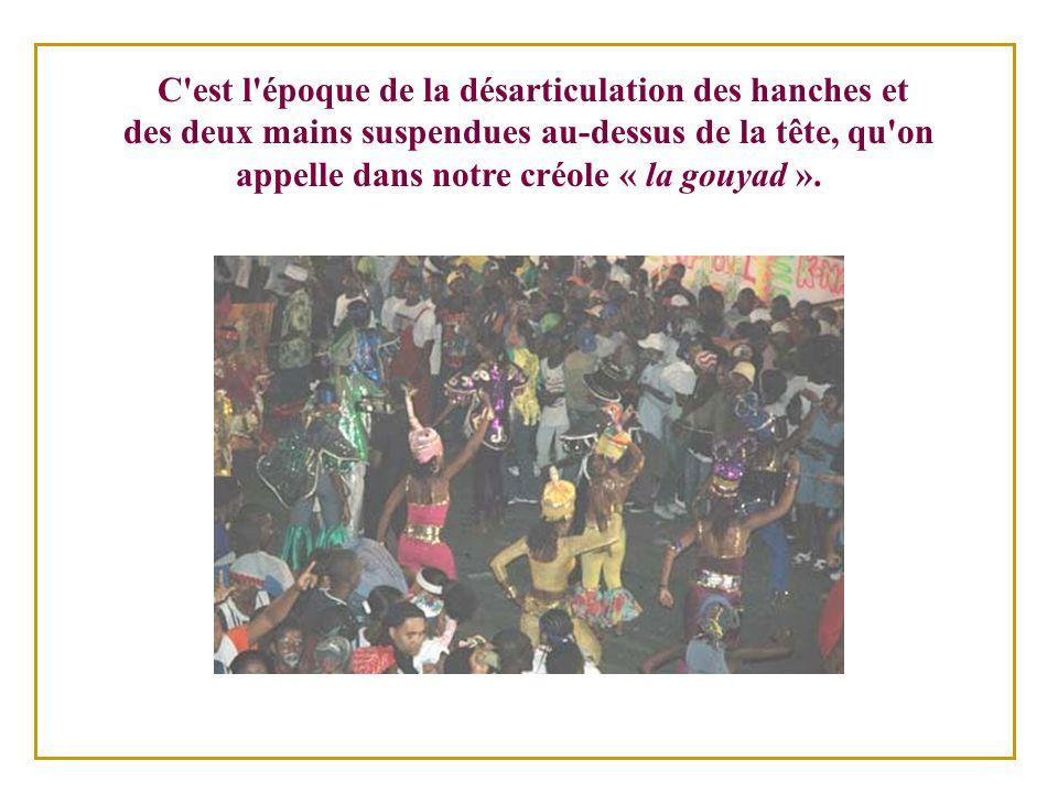 Durant les événements de 1946, le secteur commercial boycotta le carnaval officiel et le gouver- nement d Estimé dut s appuyer sur des bandes ambulantes.