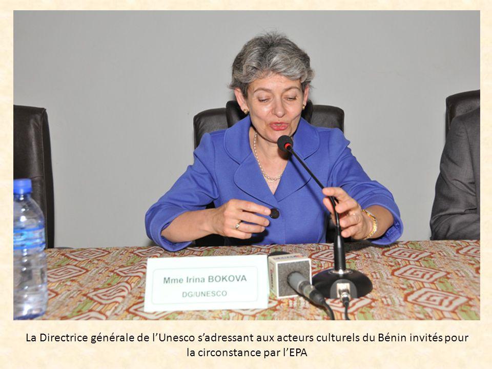 La Directrice générale de lUnesco sadressant aux acteurs culturels du Bénin invités pour la circonstance par lEPA