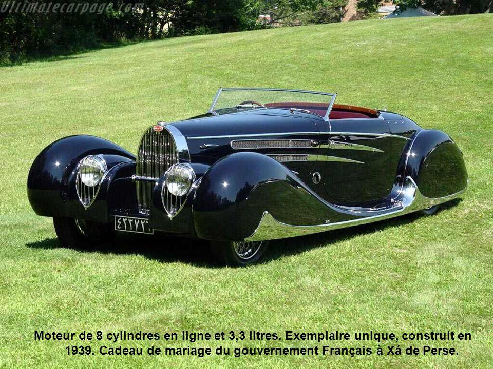 Moteur de 8 cylindres en ligne et 3,3 litres. Exemplaire unique, construit en 1939. Cadeau de mariage du gouvernement Français à Xá de Perse.