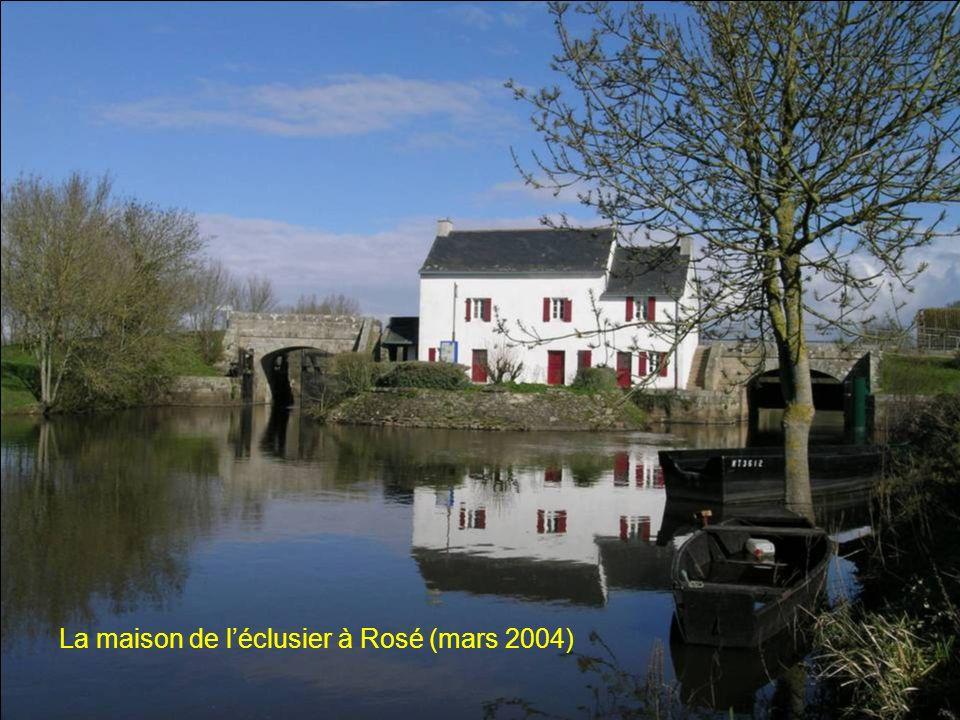 La maison de léclusier à Rosé (mars 2004)