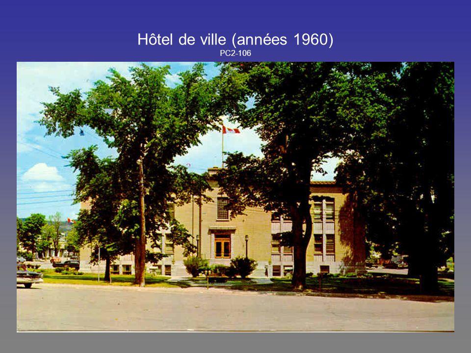Hôtel de ville (années 1960) PC2-106