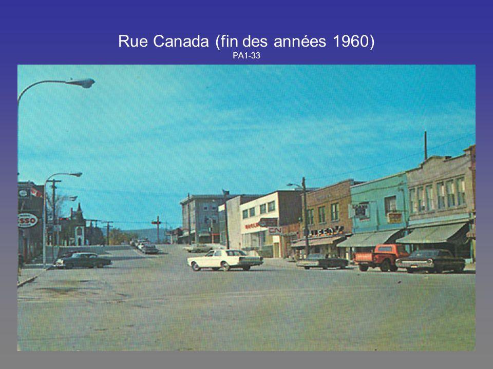 Rue Canada (fin des années 1960) PA1-33