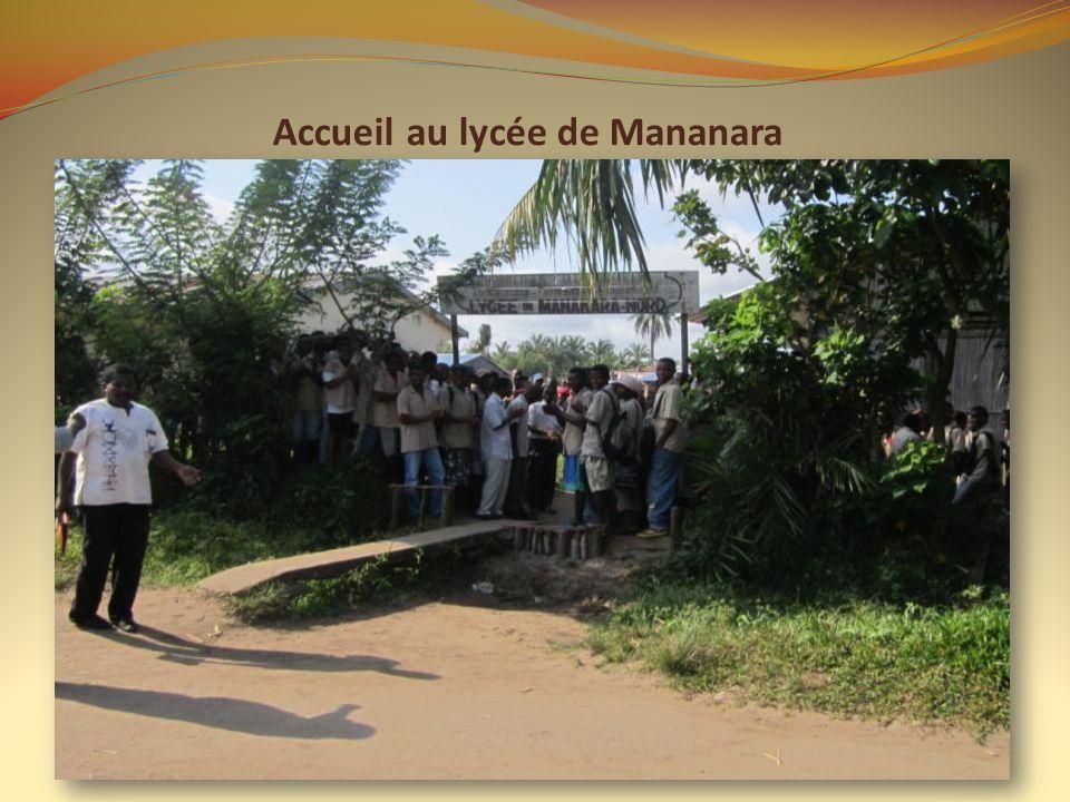Accueil au lycée de Mananara
