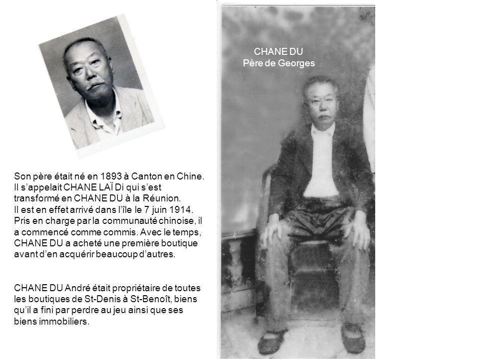 Son père était né en 1893 à Canton en Chine.