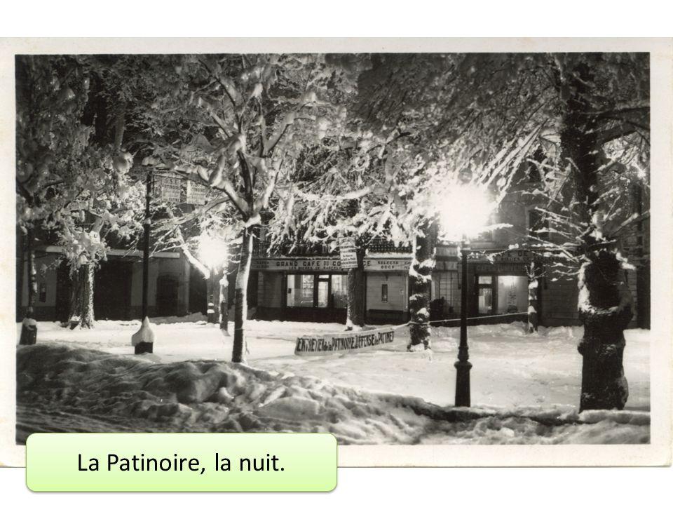 La Patinoire, la nuit.