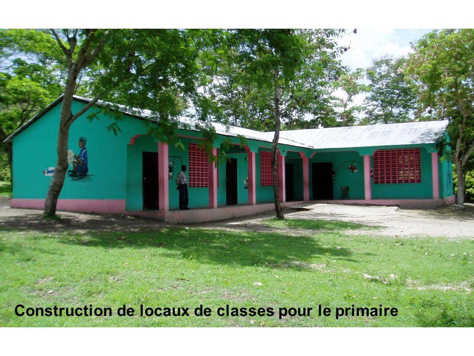 Le fruit de votre investissement Construction de locaux de classes pour le primaire