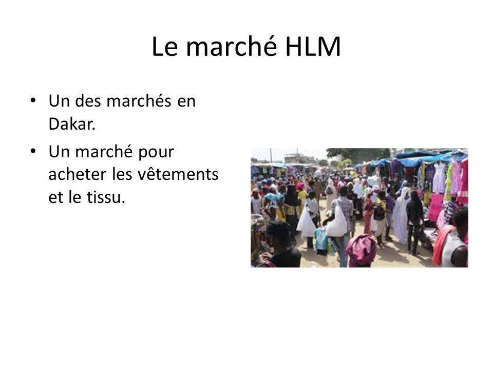 Le marché HLM Un des marchés en Dakar. Un marché pour acheter les vêtements et le tissu.