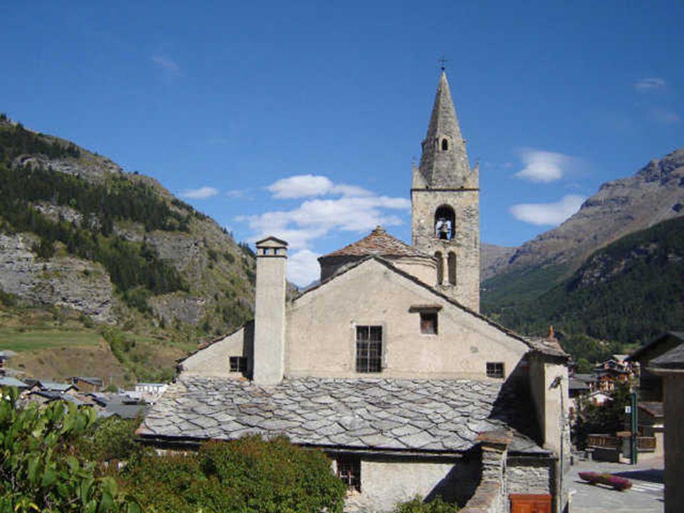 Eglise, Lanslevillard 1500 m.