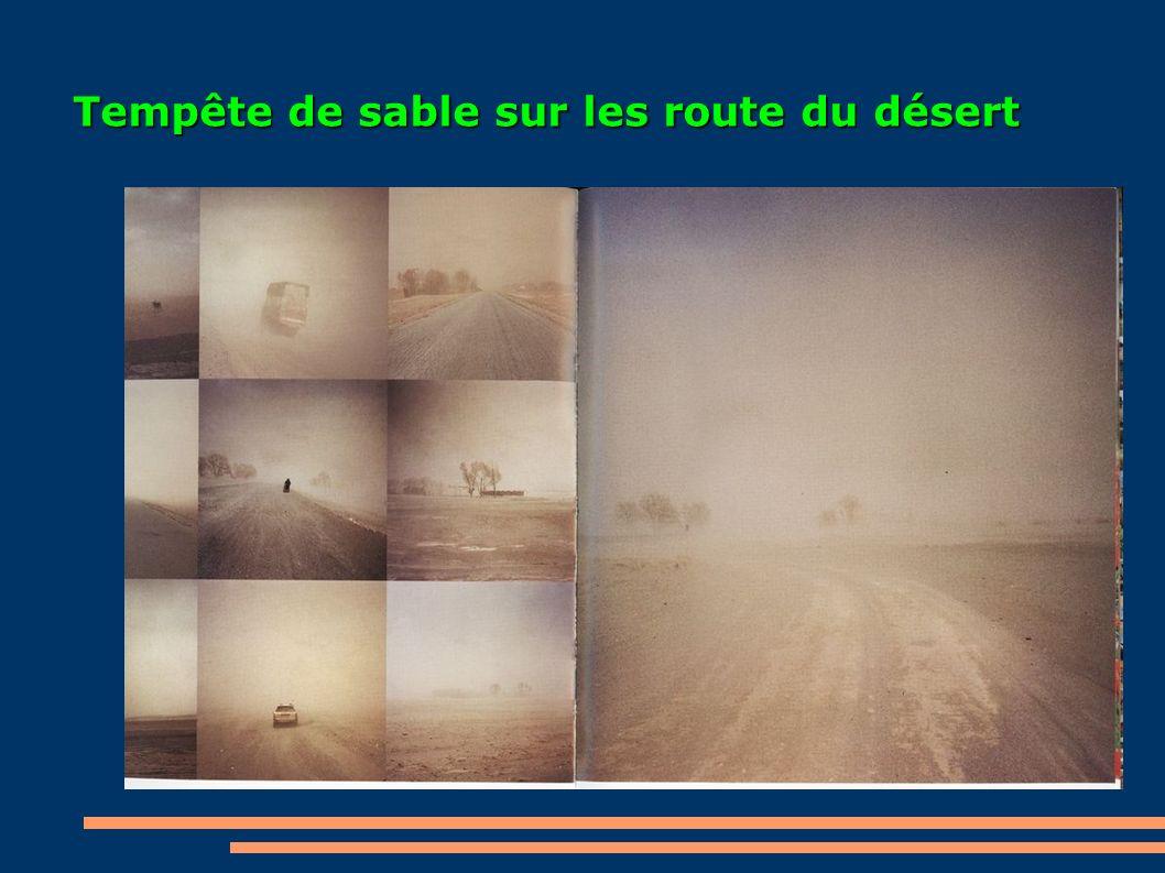 Tempête de sable sur les route du désert
